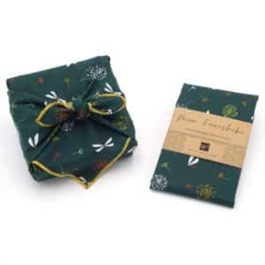 Emballage cadeau en tissu, furoshiki de couleur verte. Petit Modèle.