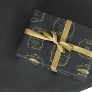 Emballage papier noir et or. Grands vins.