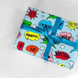 Emballage cadeaux Bande dessinée. Couleur bleu. Garçon.