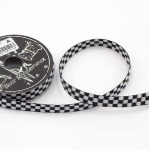 ruban damier noir et blanc